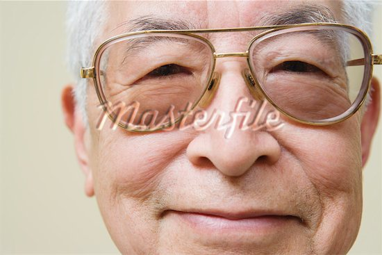 619-00764892 Model Release: Yes Property Release: Yes Close up portrait of elderly man wearing glasses